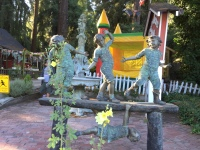 Childhood Joys Statue IMG_0116